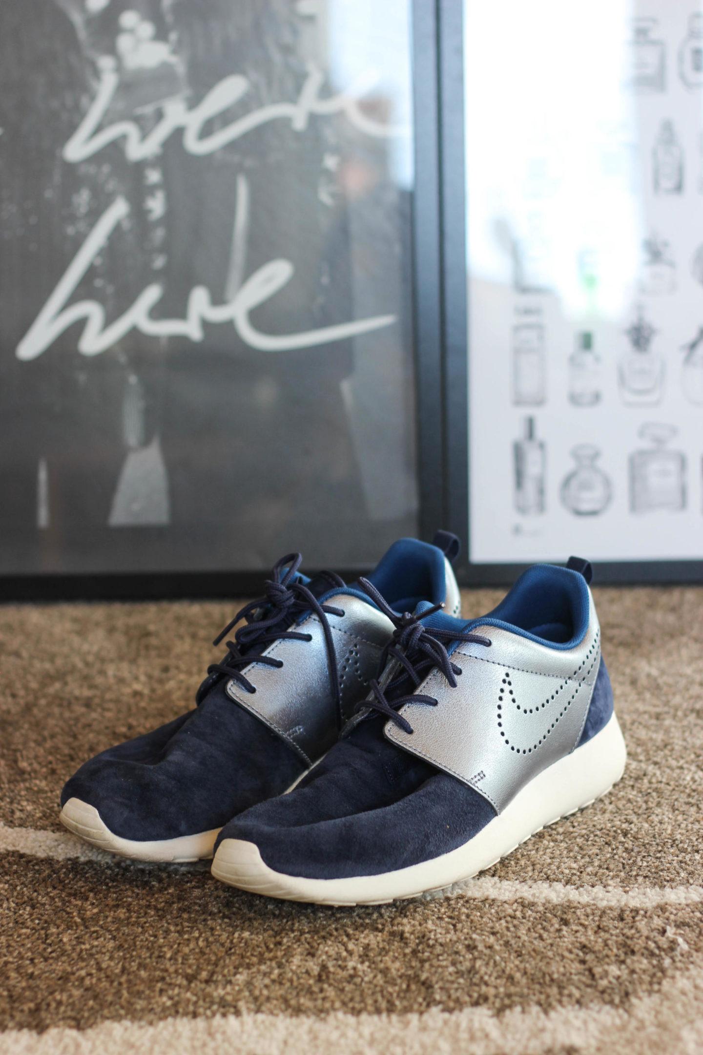 Nike Roshe One Premium Suede