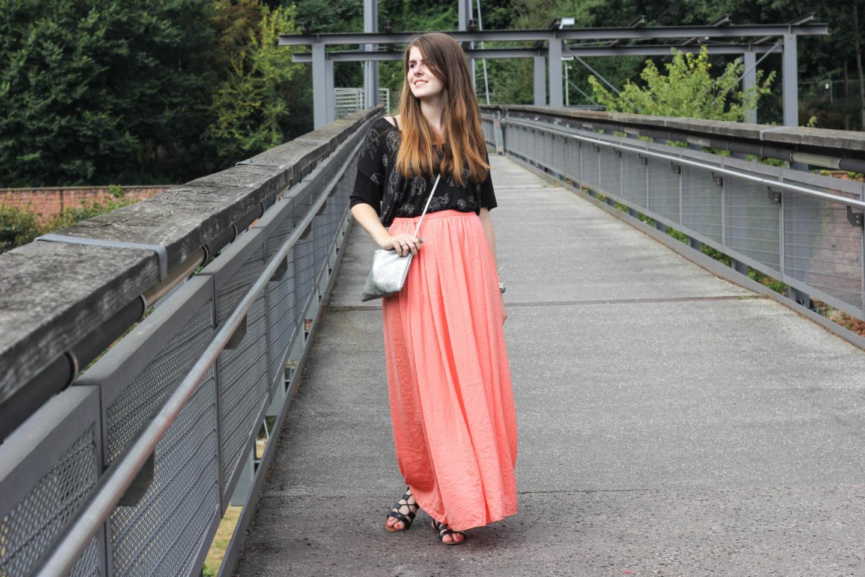 Maxi skirt zara outfit