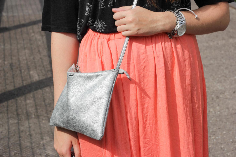 details silver bag