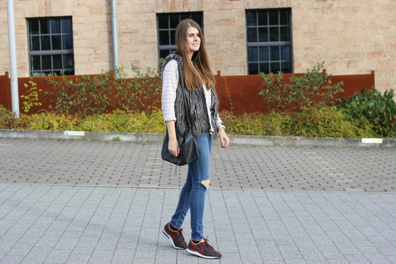 Sneaker Look
