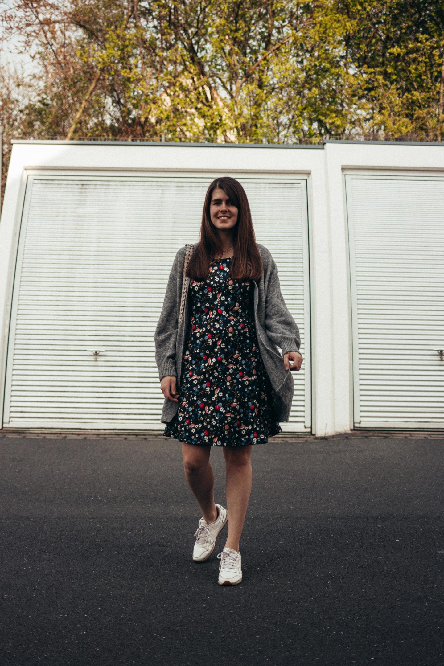 Dress In Kleid KLiNGEL